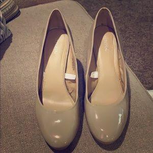 Merona size 8.5 tan heels